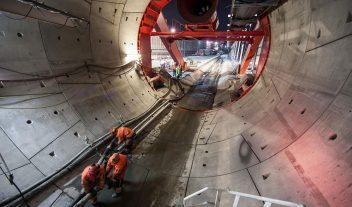 Tunelado futurista en el centro de Europa