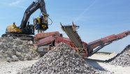 MB Crusher presenta soluciones de demolición y construcción