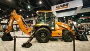 Opere en silencio, opere eléctrico: llega la retro excavadora 580 EV de Case